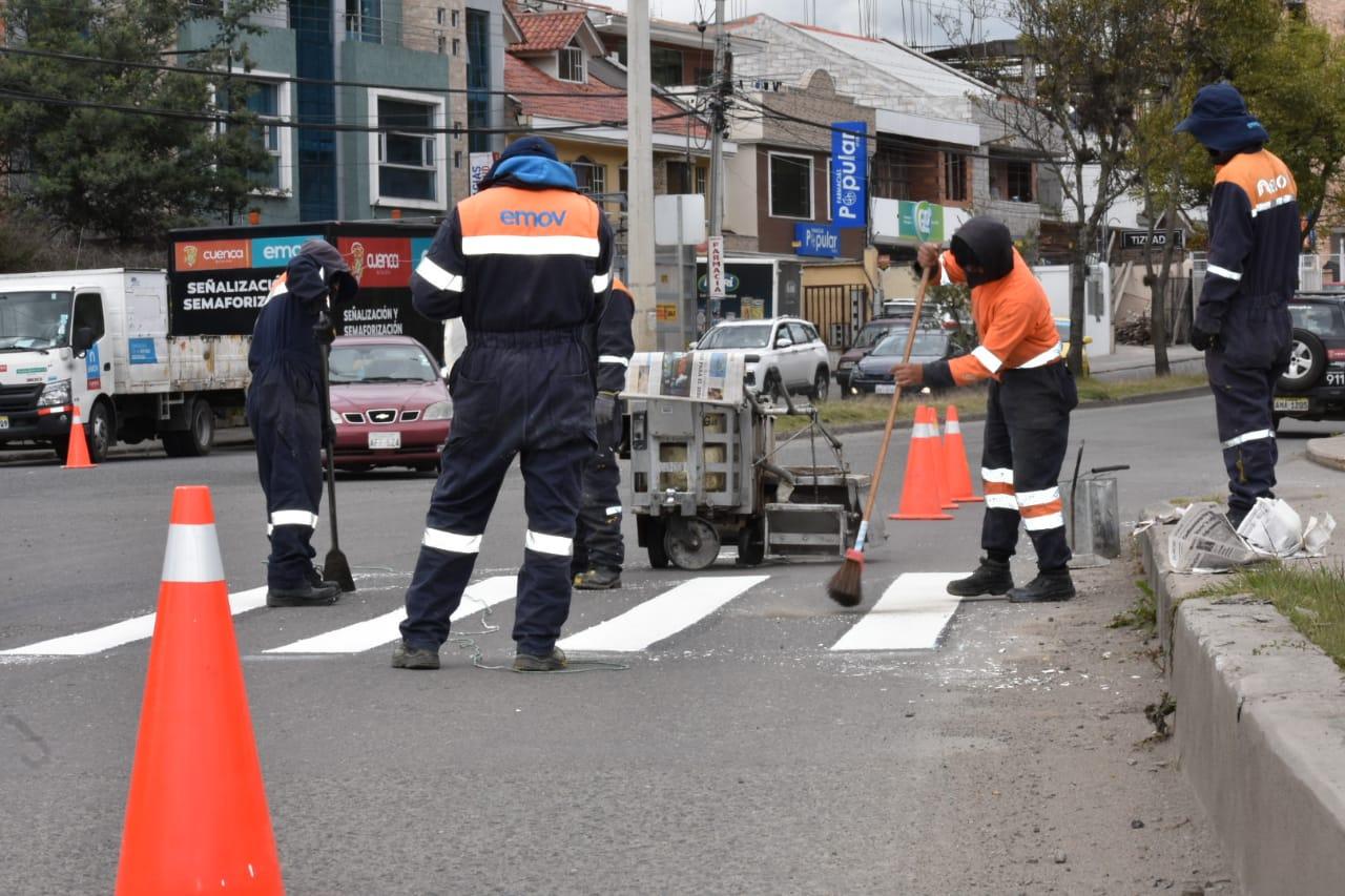 DAE261F9 0B15 42DF 8A02 500504CB4665 - La señalización y semaforización refuerza la seguridad vial en Cuenca